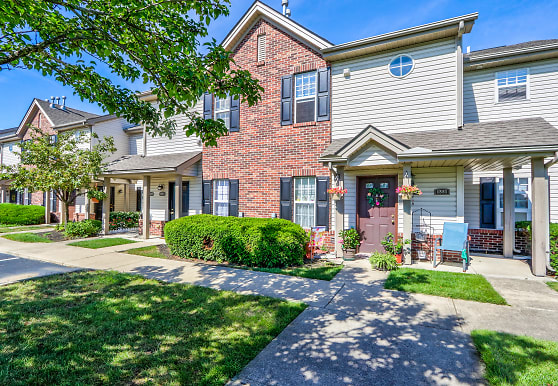 Parkway Village, Grove City, OH