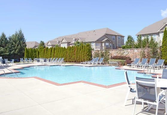 Parkland View Apartments, Breinigsville, PA