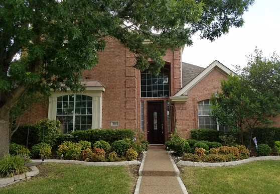 318 Andre, Irving, TX
