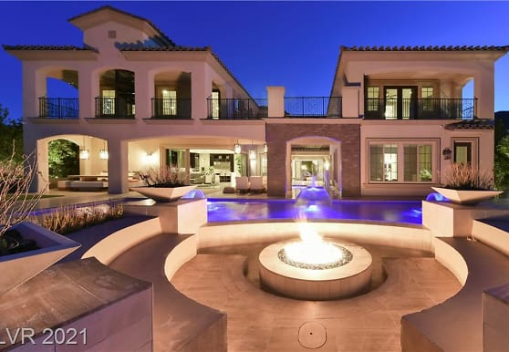 48 Olympia Chase Dr, Las Vegas, NV
