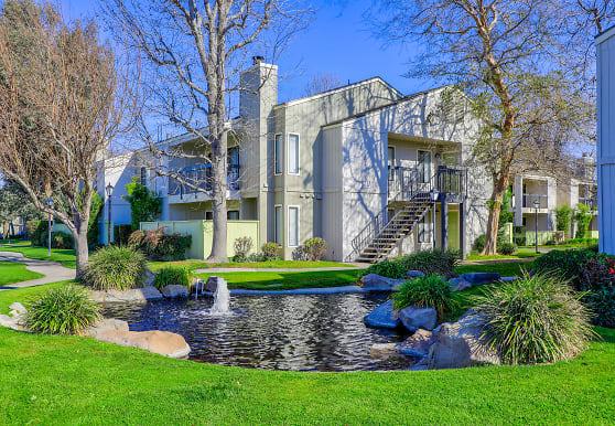 Edgewater, Bakersfield, CA