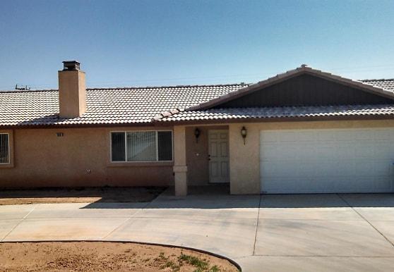 16161 Rancherias Rd, Apple Valley, CA