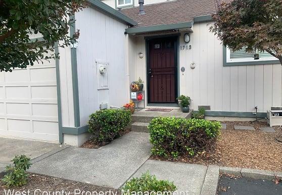1713 Russell Ave, Santa Rosa, CA
