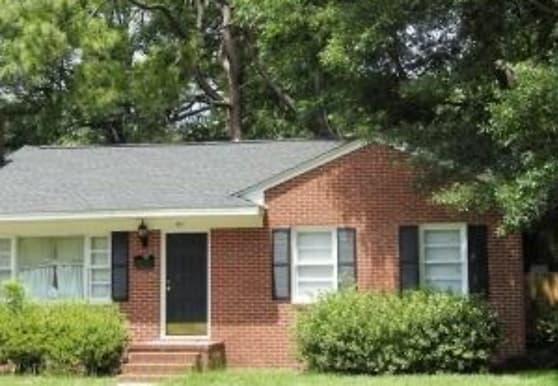 211 N Eastern St, Greenville, NC