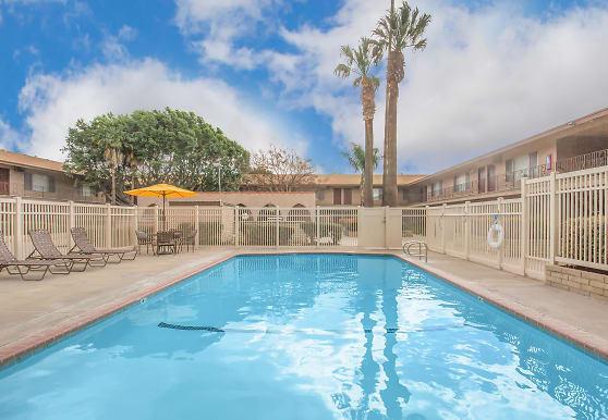 Castilian & Cordova Apartment Homes, Tustin, CA
