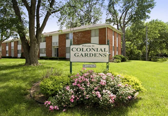 Colonial Gardens & Cherbourg Apartments, Overland Park, KS