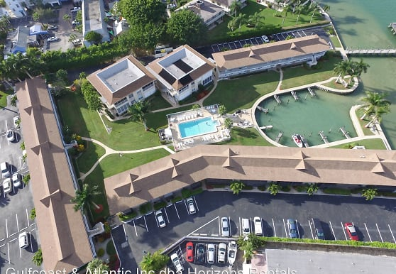 850 Palm St, Marco Island, FL