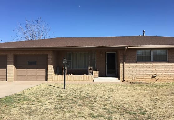 2709 Axtell St, Clovis, NM