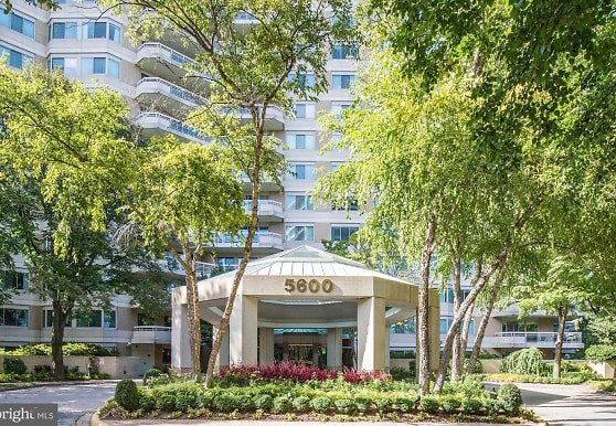 5600 Wisconsin Ave 1506, Chevy Chase, MD