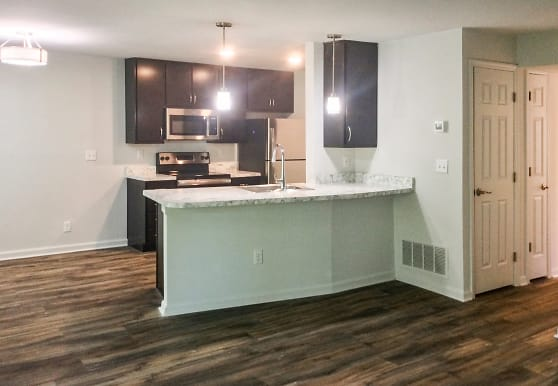 Knolls Apartments, Cincinnati, OH