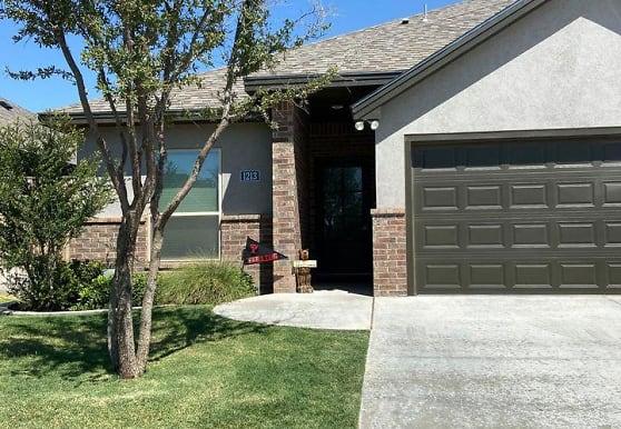 1213 Cedar Creek Rd, Midland, TX