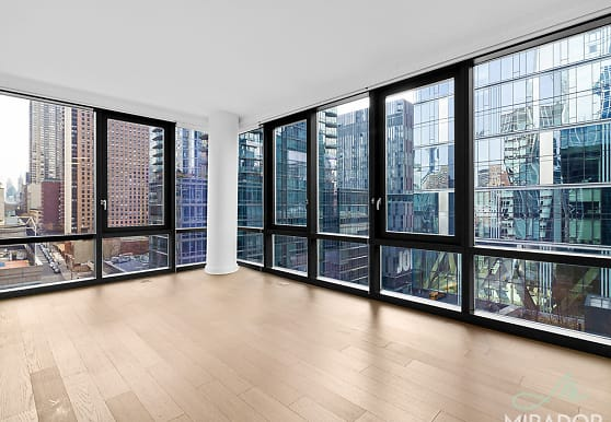 21 West End Ave 1121, New York, NY