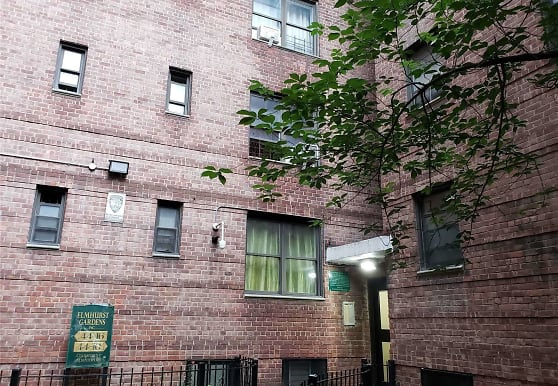 44-10 Macnish St 3B, Queens, NY
