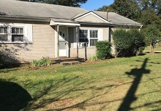 43 E Newnan Rd, Newnan, GA