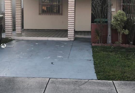 80 NW 60th Ct 0, Miami, FL