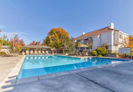Capri Creek Apartments, Petaluma, CA