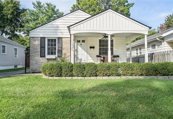 6180 Kingsley Dr, Indianapolis, IN