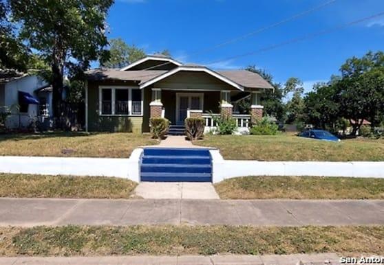 123 Dilworth St, San Antonio, TX