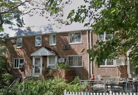 150-07 78th Ave, Queens, NY
