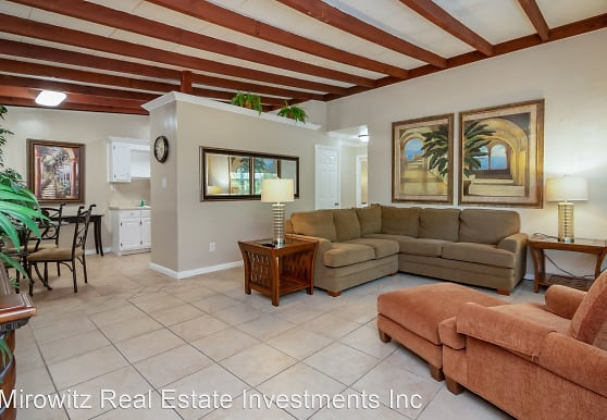 103 Palm River Blvd, Naples, FL