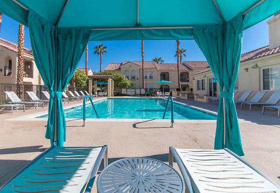 Silverhawk Apartment Homes at La Quinta, La Quinta, CA
