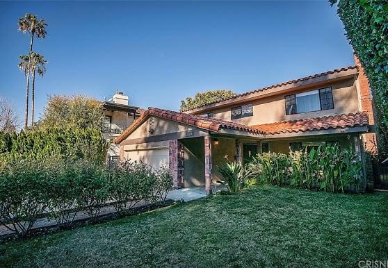 14459 Greenleaf St, Los Angeles, CA