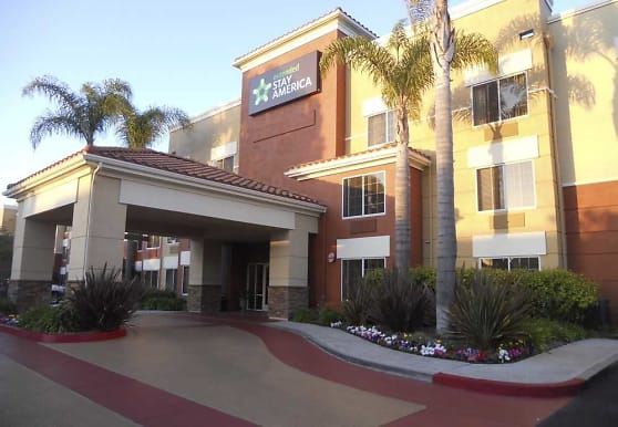 Furnished Studio - Los Angeles - Torrance - Del Amo Circle, Torrance, CA