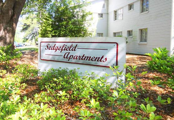 Sedgefield Apartments, Hanahan, SC