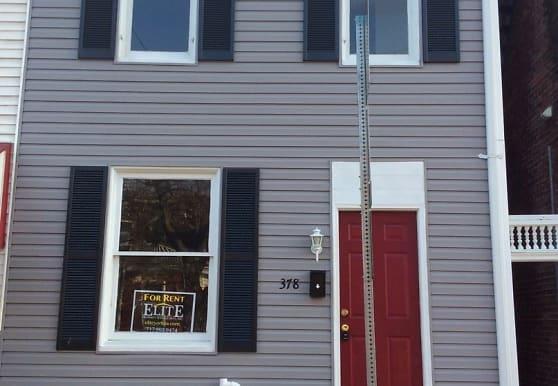 378 W King St, York, PA
