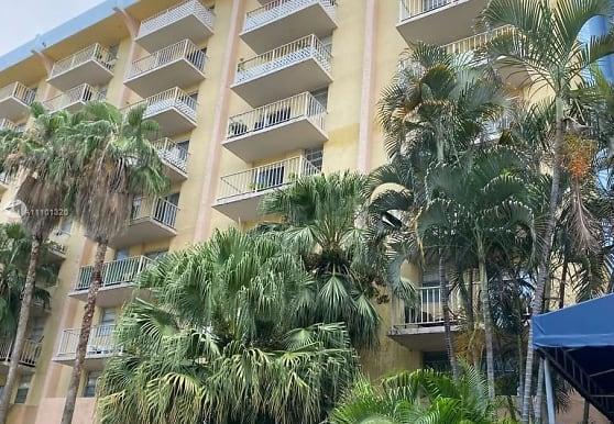 801 NW 47th Ave 609W, Miami, FL