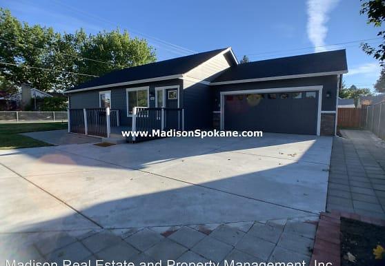 5620 N Lincoln St, Spokane, WA