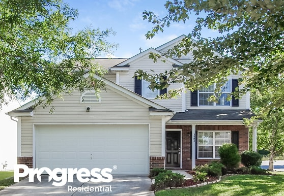 3804 Larkhaven Village Drive, Charlotte, NC