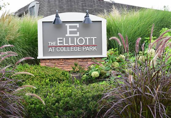 The Elliott at College Park, Indianapolis, IN