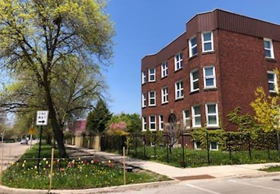 3040 W Fulton St 1E, Chicago, IL