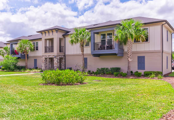 Gran Bay Apartment Homes at Flagler Center, Jacksonville, FL