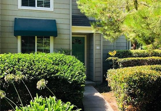 7291 Coho Dr 104, Huntington Beach, CA