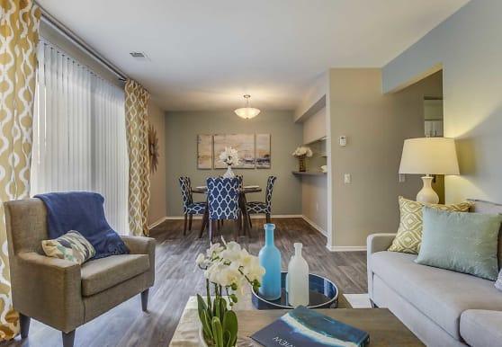 Spring Valley Apartments, Farmington Hills, MI