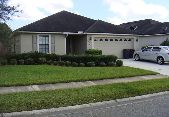 3570 Waterford Oaks Dr, Orange Park, FL
