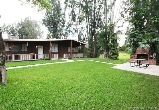 11450 SW 17th St A, Davie, FL