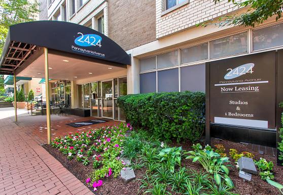 2424 Penn, Washington, DC