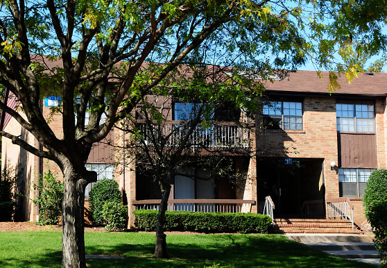 Woodbridge Terrace, Woodbridge, NJ