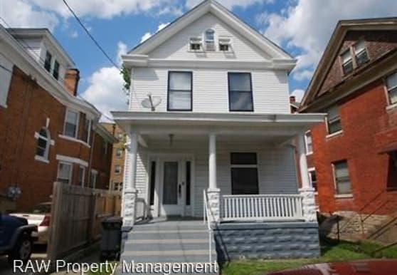 208 Lyon St, Cincinnati, OH