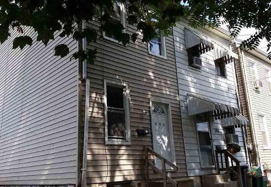 251 Grant St, York, PA