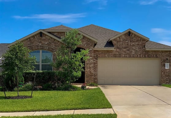 1522 Heartwood Dr, Conroe, TX