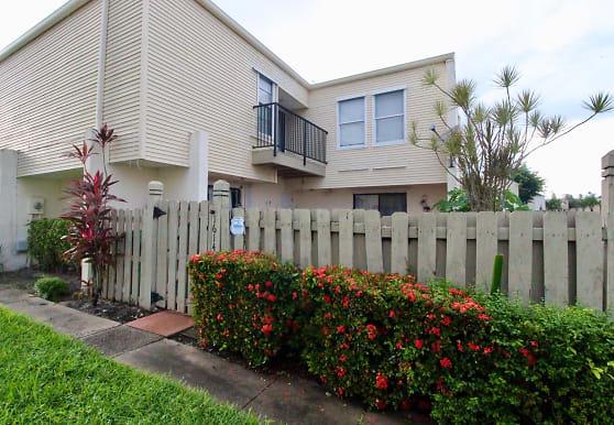 1614 Shaker Cir, Wellington, FL