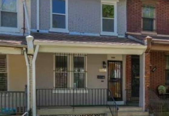 624 Irving St NW, Washington, DC
