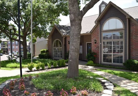 Woodhollow Apartments, Waco, TX