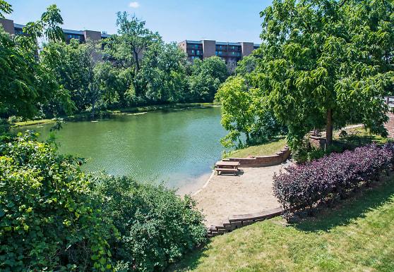 Edgewater Walk Apartments, Tinley Park, IL