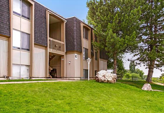 Lake Park Apartments, Washington Terrace, UT