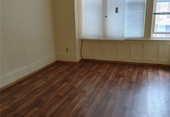 72-34 67th St 2FL, Queens, NY